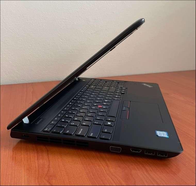 Lenovo Thinkpad e570 Intel i5 8GB RAM - 3