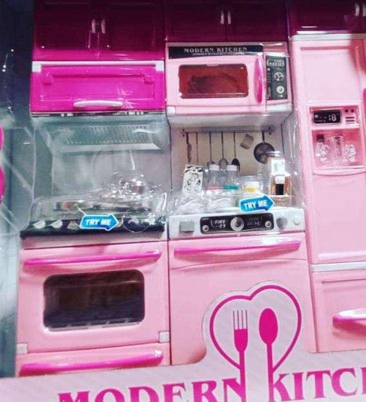 Cocinita para niñas incluyendo los accesorios - 0