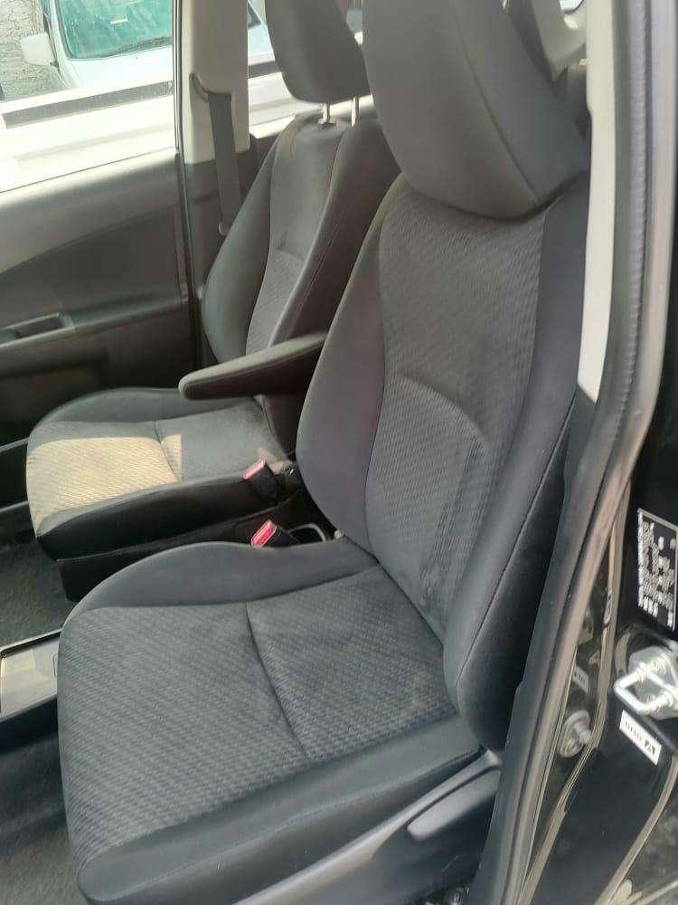 Toyota Ractis 2011 - 6