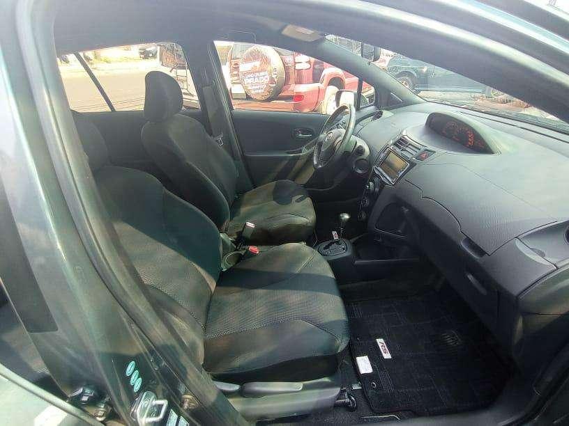 Toyota Vitz RS 2008 - 6