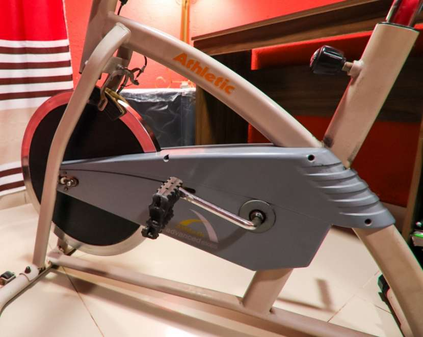 Bicicleta Spinning Athletic Advanced 650BS - 2