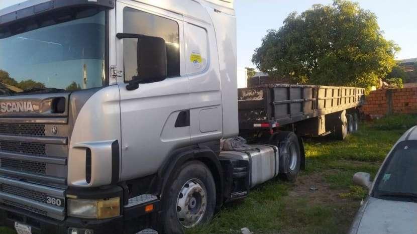 Tractocamión Scania 124 360 con carreta porta conteiner 2017 - 1