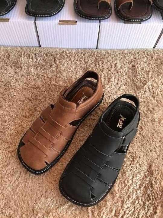 Sandalias para caballeros - 0