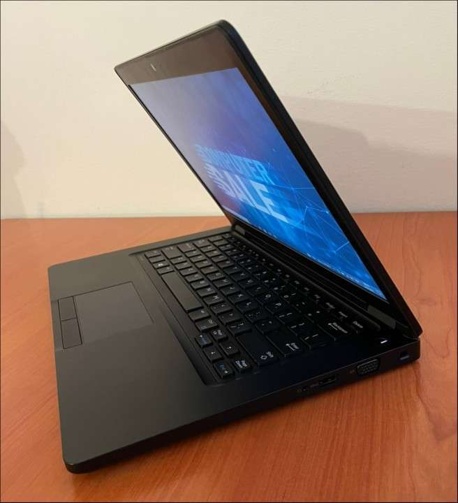 Dell e5480 Intel i5 7440HQ 8GB RAM SSD - 7