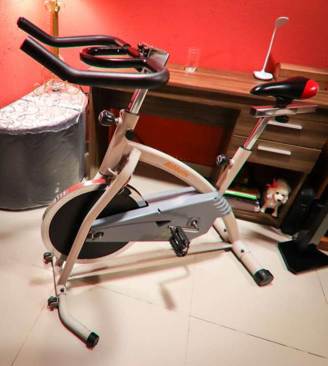 Bicicleta Spinning Athletic Advanced 650BS - 1