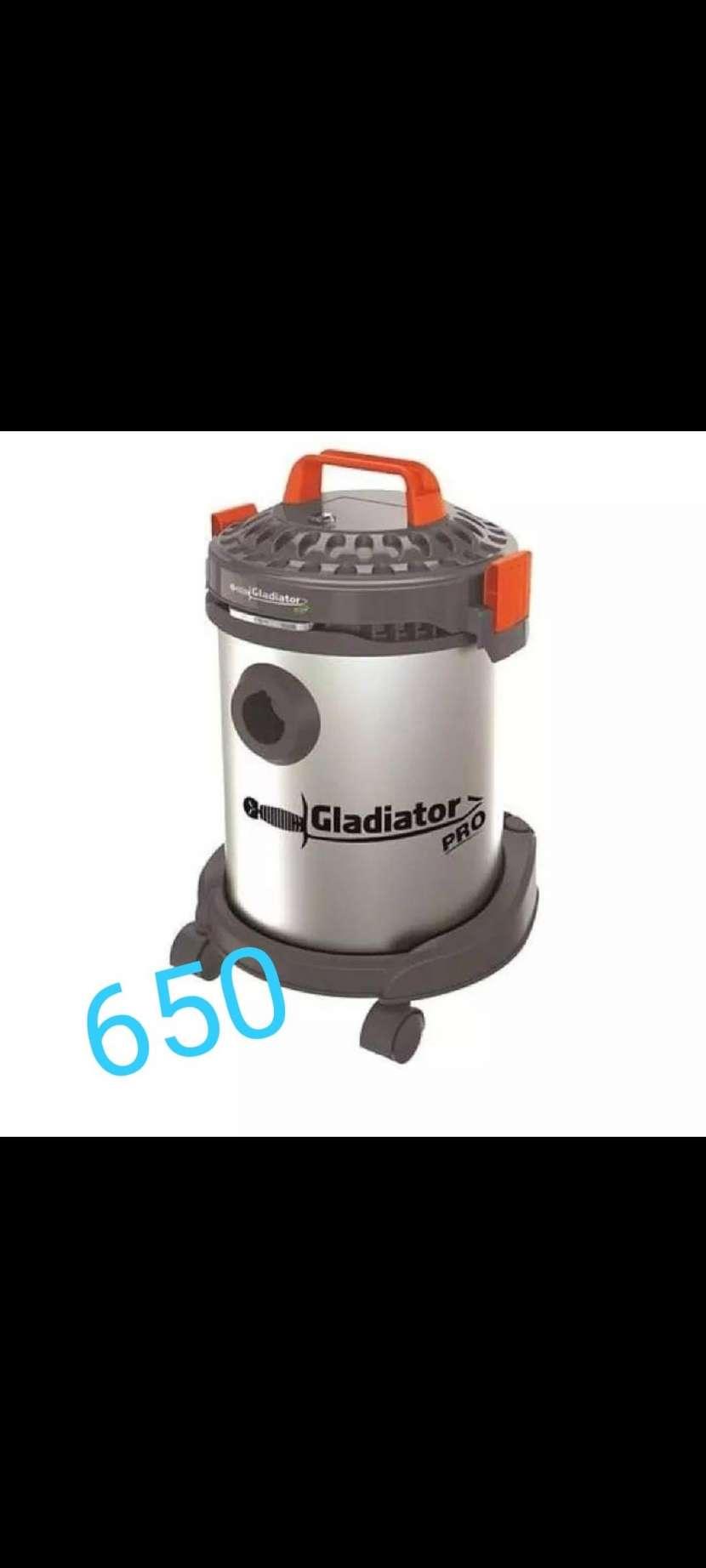 Aspiradora Gladiator - 0