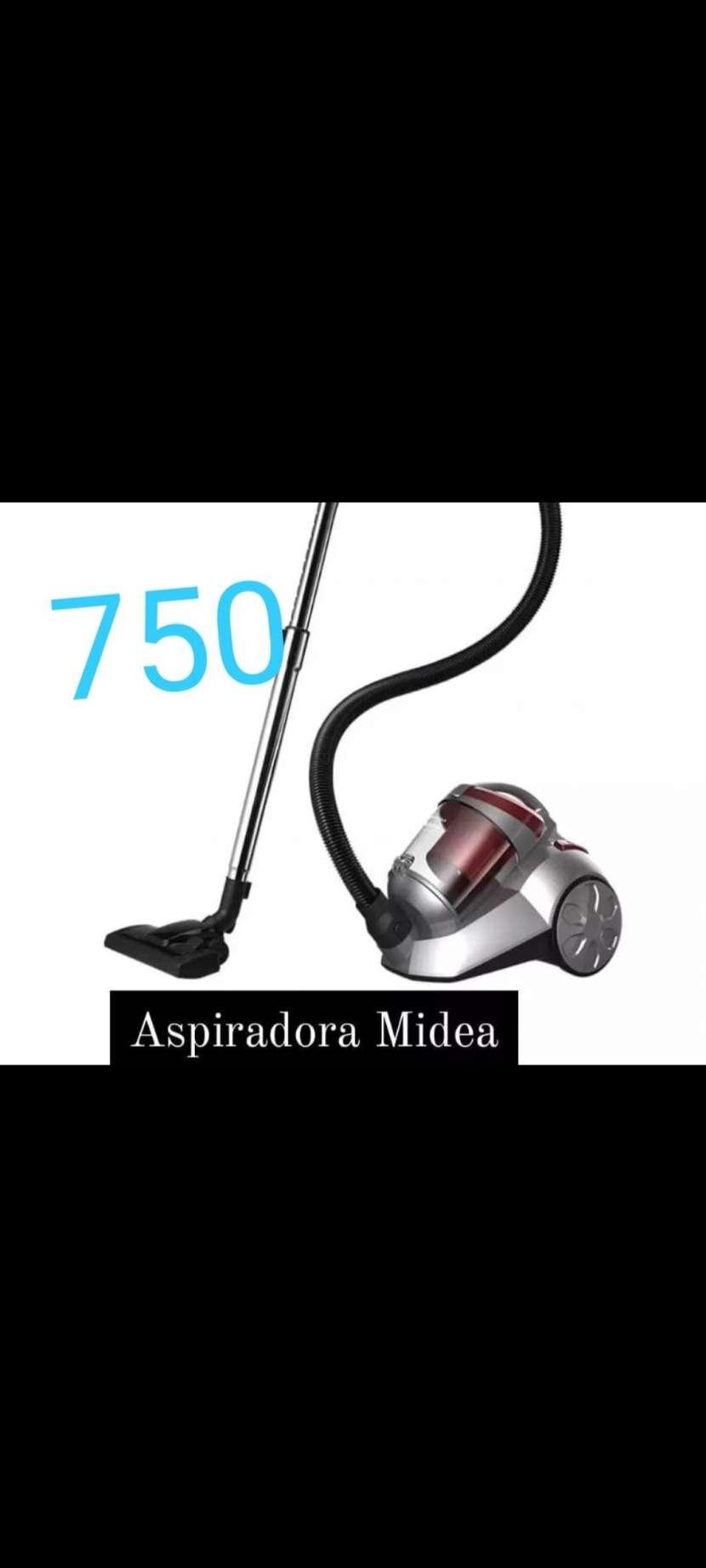 Aspiradora Midea - 0