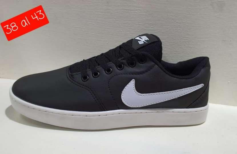 Calzado Nike SB bajito - 1