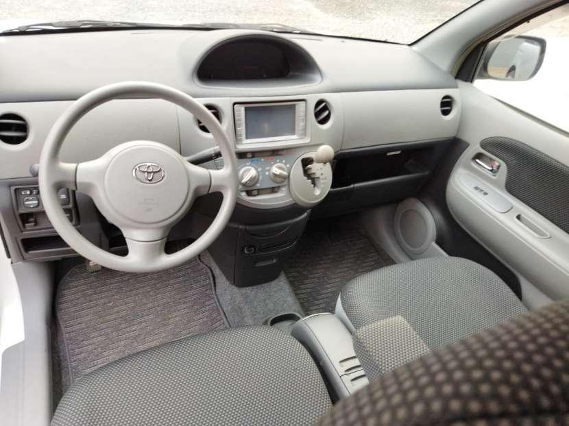 Toyota Sienta 2006 - 6