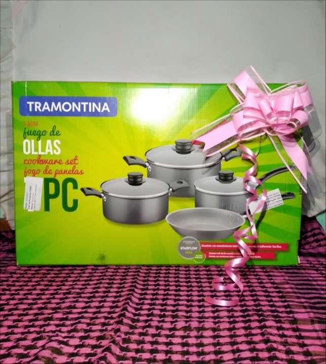 Juego de ollas 4 piezas Tramontina - 0