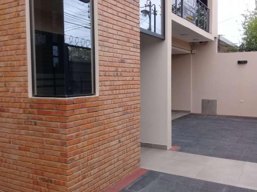 Oficina corporativa/consultorio zona del CIT - 2