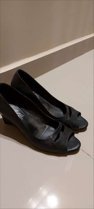 Zapato de cuero Mongomery calce 37 - 0
