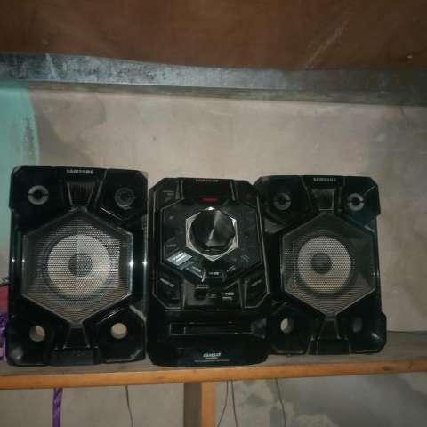 Equipo de sonido Samsung - 0
