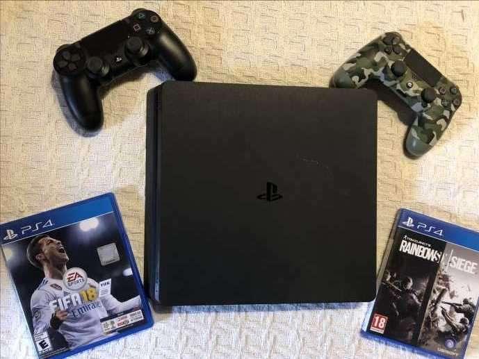 PlayStation 4 Slim 1TB - 0