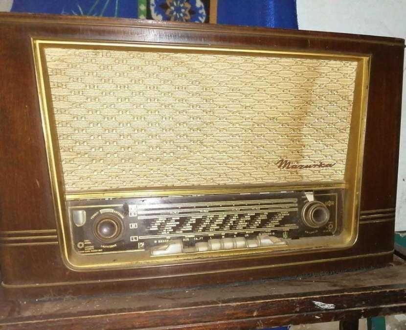 Radio antiguo Marantz - 0