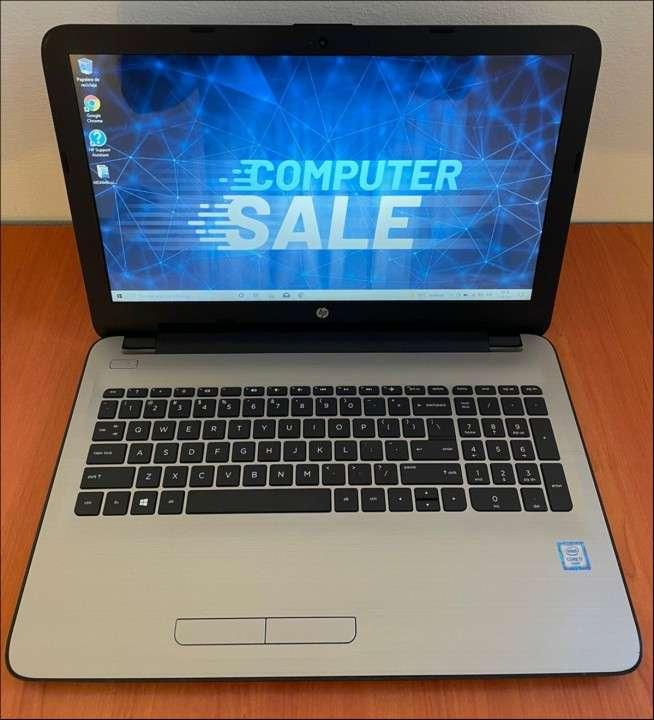 HP 15 Intel i7 6500u 8 gb RAM SSD - 0