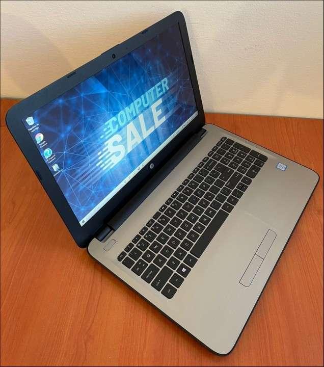 HP 15 Intel i7 6500u 8 gb RAM SSD - 4