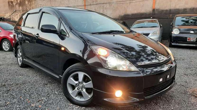 Toyota Wish 2009 - 0
