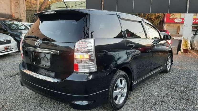 Toyota Wish 2009 - 3