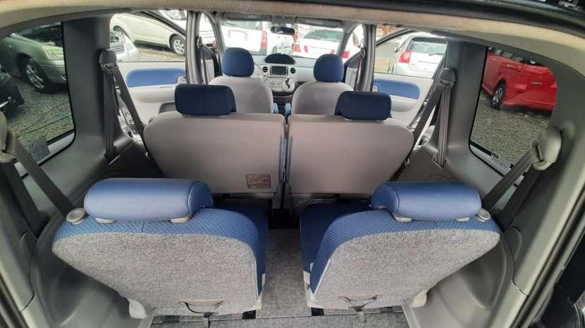 Toyota Sienta 2005 - 6