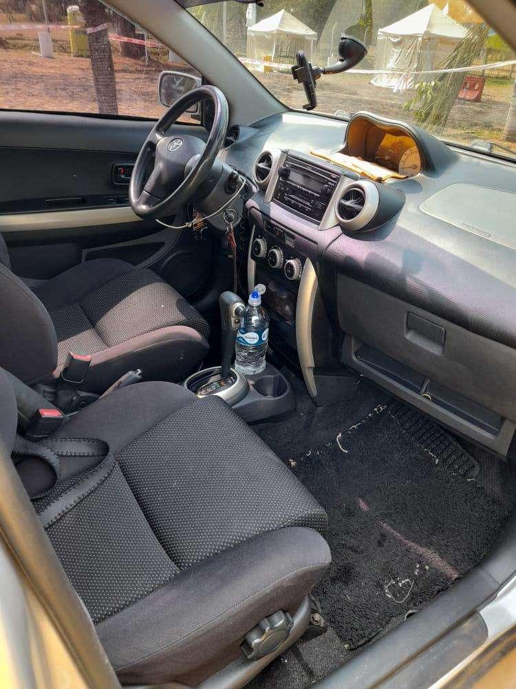Toyota IST 2003 - 7