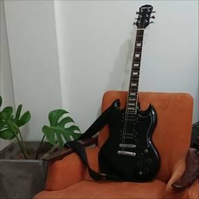Guitarra eléctrica Freeman SG