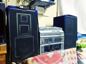 Equipo de sonido con tocadiscos de vinilo Philips