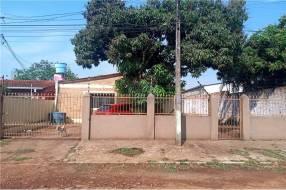 Casa en Presidente Franco Barrio Santo Tomas