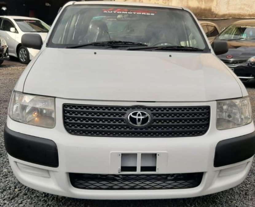 Toyota Probox 2005 - 0