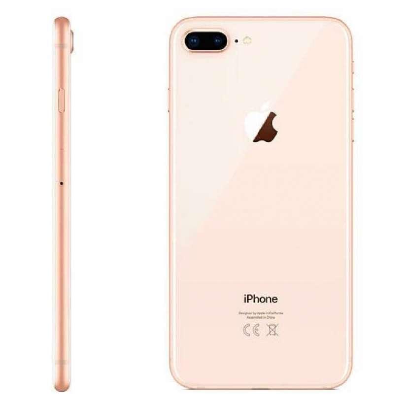 iPhone 8 plus 256gb dorado - 0