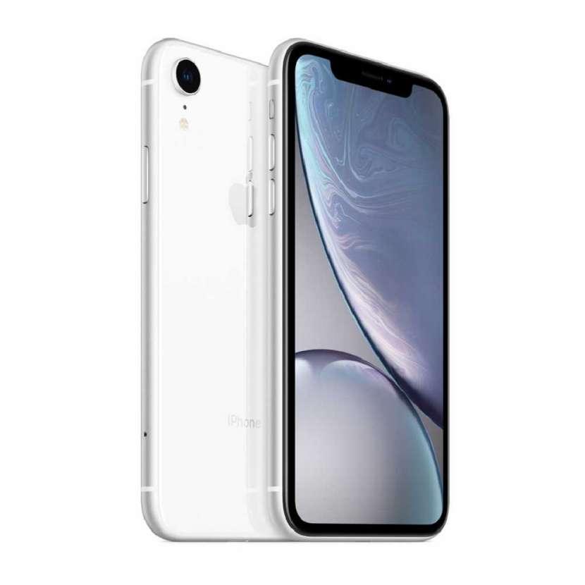 iPhone XR blanco 256gb - 0