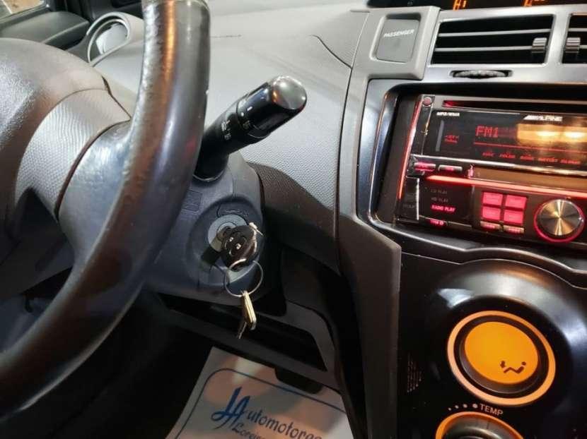 Toyota New Vitz RS 2008 - 8
