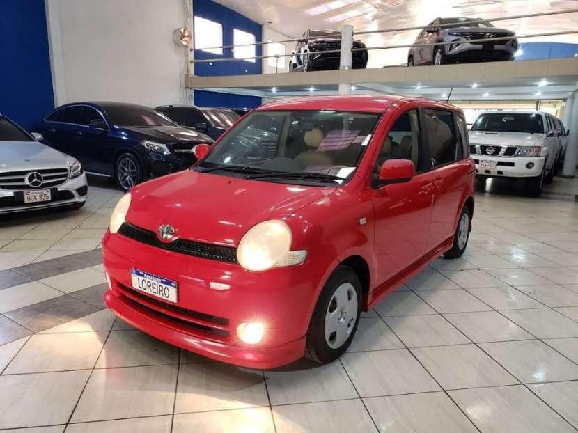 Toyota Sienta 2003 - 0