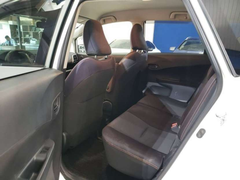 Toyota New Ractis 2011 - 7