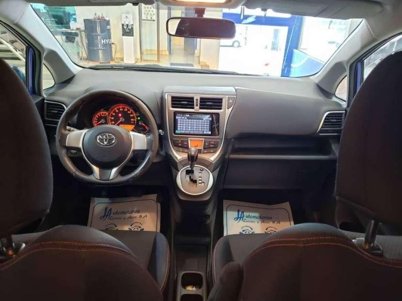 Toyota New Ractis 2010 - 8