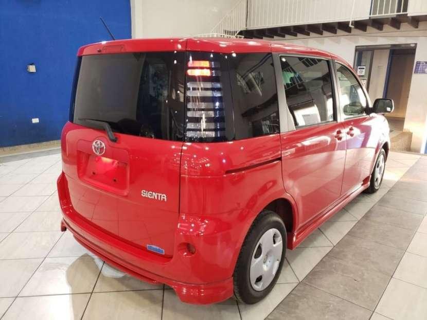 Toyota Sienta 2003 - 3