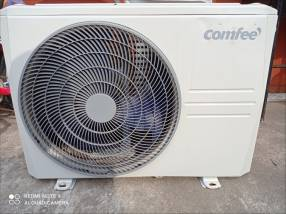 Aire acondicionado Comfee de 12.000 btu