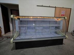 Vitrina refrigerada de 2 puertas
