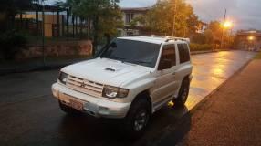 Mitsubishi New Montero 1999