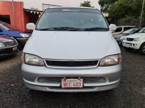 Toyota Granvia 1998