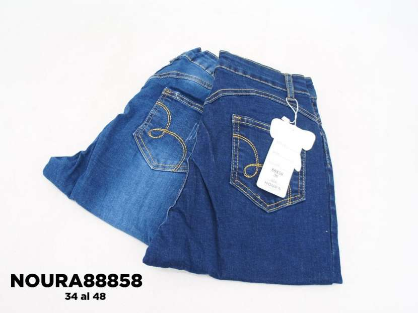 Jeans con roturas achupinado para dama - 1