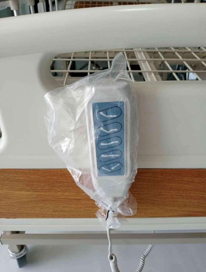 Cama hospitalaria de 5 movimientos eléctrico con colchón - 2