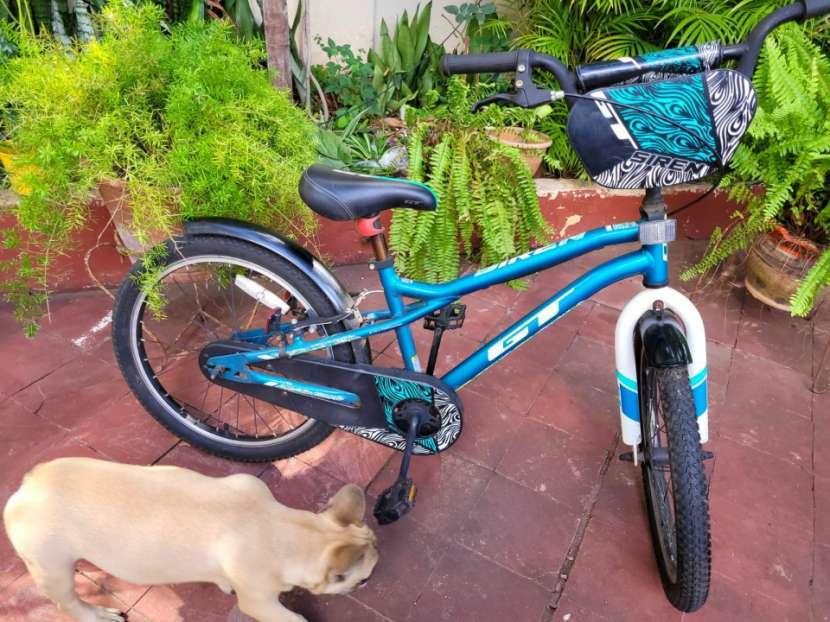Bicicleta GT aro 20 - 0