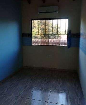 Duplex en Lambaré zona del Yacht COD 0145 - 3
