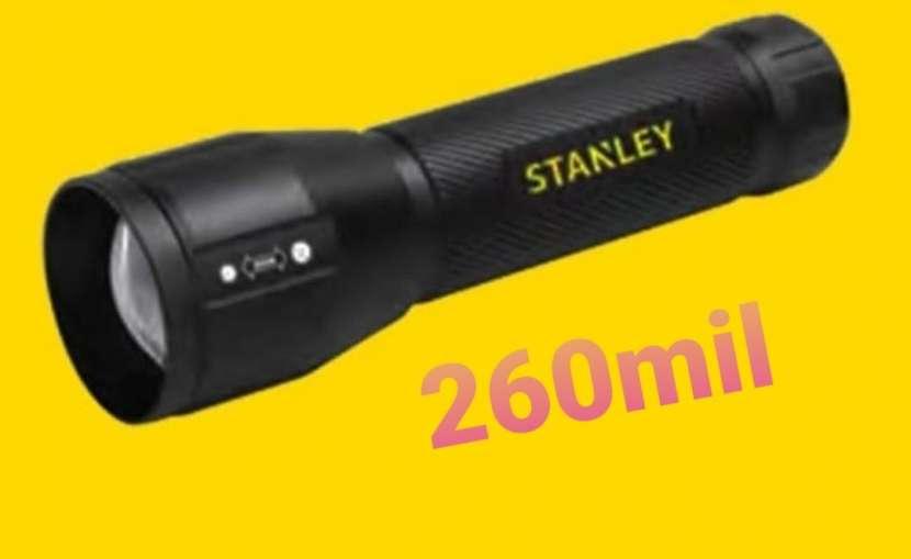 Linterna Stanley - 0