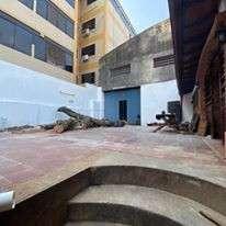 Tinglado en Asunción zona Mercado 4 COD 0160 - 5