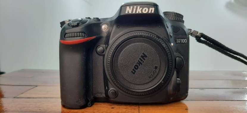 Cámara Fotográfica Profesional Nikon D7100 - 0