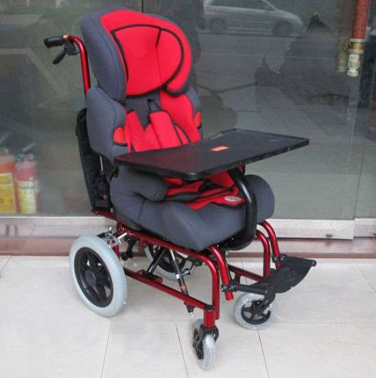 Silla de ruedas pediátrica cómoda plegable - 1