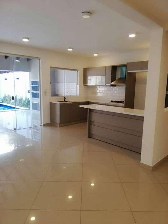 Duplex en Fernando de la Mora zona Norte COD 0189 - 1