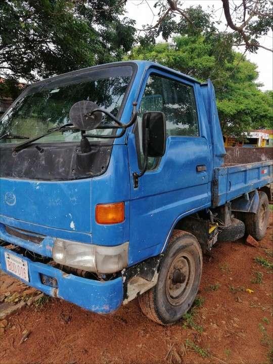 Tumba Toyota 1998 - 4